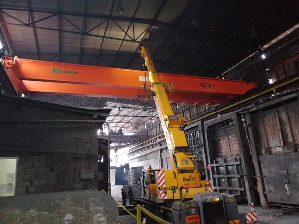 Installation of a new crane 32/16 t in the Foundry